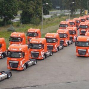 Der Fuhrpark von SKAT Transport wurde durch 50 neue Zugmaschinen DAF 460 FT verstärkt.